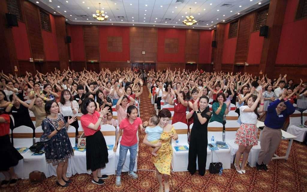 Kỷ lục Việt Nam về đào tạo online với chủ đề hạnh phúc gia đình 2 1024x641 - Báo Phụ nữ Việt Nam: Kỷ lục Việt Nam về đào tạo online với chủ đề hạnh phúc gia đình