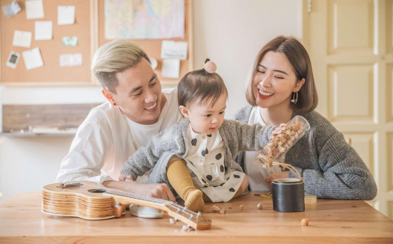 Kết quả hình ảnh cho gia đình hạnh phúc