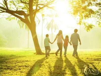 dành thêm nhiều thời gian cho gia đình 400x300 - Bí kíp cân bằng giữa sự nghiệp và gia đình cho nàng dâu hiện đại