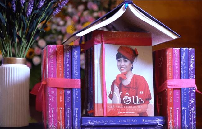 61384902 2681481128745956 1019814992020504576 n 650x414 - Đài Truyền hình Hà Nội giới thiệu Bộ sách Nữ Hoàng Hạnh Phúc