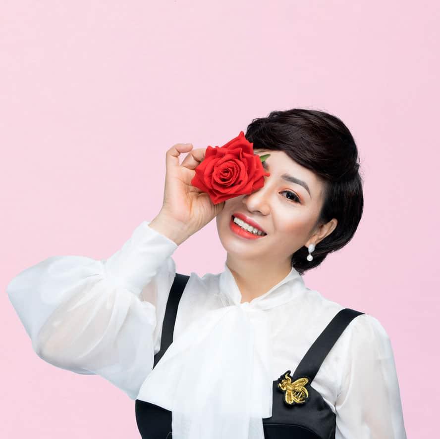 LAR0316 - Chuyên gia tâm lý hôn nhân, tình yêu và gia đình Vera Hà Anh