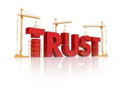 Hãy tạo dựng lòng tin ban đầu với người khác khi muốn thuyết phục họ