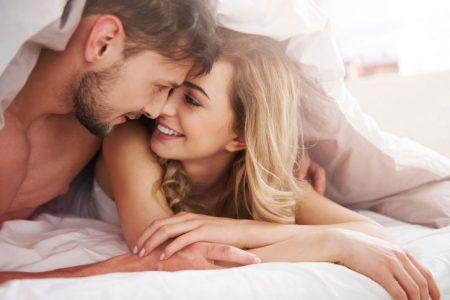 tinh duc 450x300 - 5 điều đơn giản khiến chồng nghiện vợ cả đêm, cả đời quyến luyến không rời
