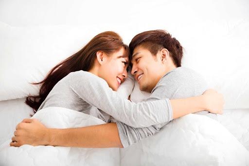 vo chong5 - Sau 3 năm kết hôn, nhìn thấy vợ thay đồ tôi đã khóc